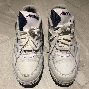 Men's Vintage White Brooks Running Shoes